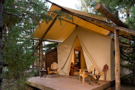 Creekside-camp-tent-1